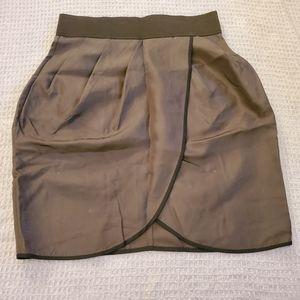 Dresses & Skirts - Wilfred Aritzia 100% silk skirt
